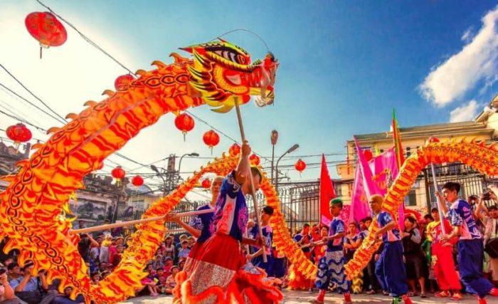 Карнавал с драконами во Вьетнаме